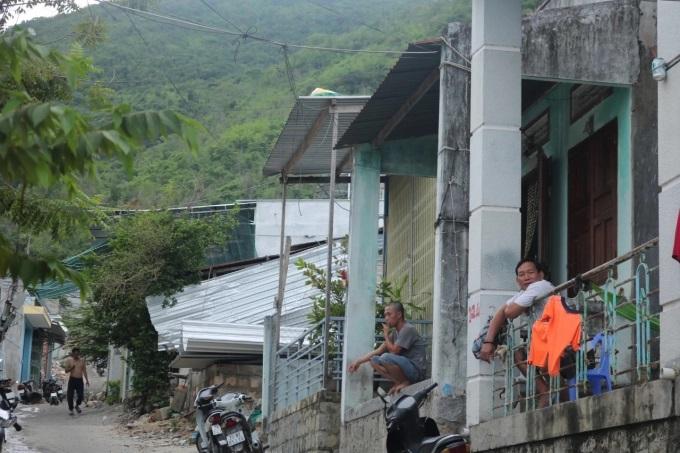 Xóm núi, xã Phước Đồng là một trong những điểm có nguy cơ sạt lở
