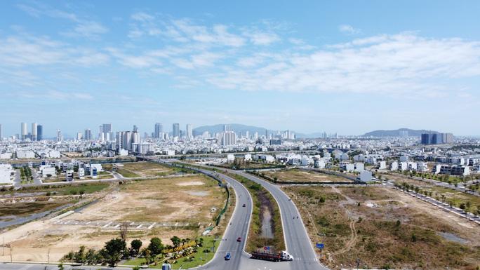 Khu vực phía Tây Nha Trang dọc tuyến đường Võ Nguyên Giáp được đánh giá sẽ là thỏi nam châm với các khu đô thị kết nối 2 trung tâm hành chính lớn của tỉnh Khánh Hòa